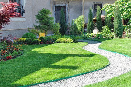 Прекрасный газон возле вашего дома